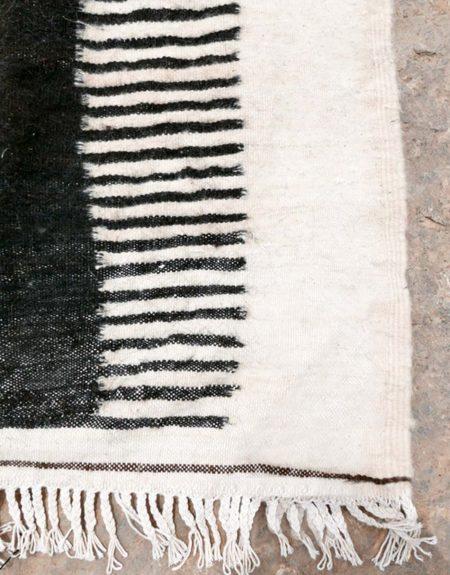 Tapis kilim modèle minimal runner - écru & noir